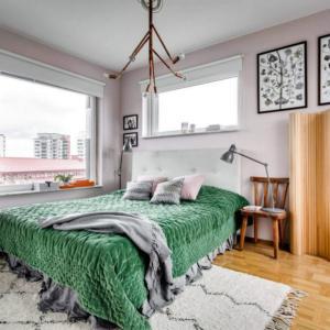 Ярка спалня със смели контрасти