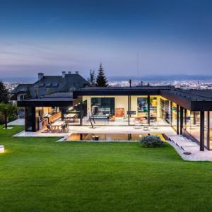 Къщата обаче невинаги предлага достатъчно развита инфраструктура