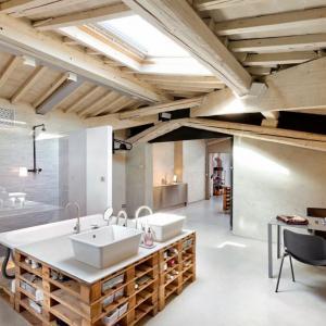 Баня и кухня от палети
