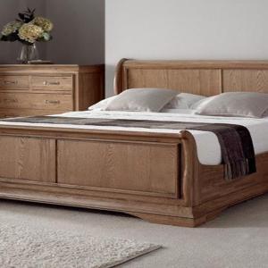 Какво съдържа една спалня от масивна дървесина?