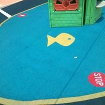 ударопоглъщаща настилка за детски площадки