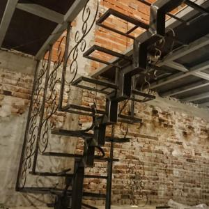 Метална стълба