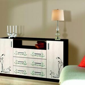 На какво трябва да се обърне внимание при закупуване на скрин за дневната?