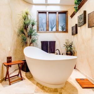 Ако банята е без прозорци - монтирайте вентилатор!