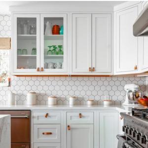Изберете подходящите кухненски шкафове за вашата кухня