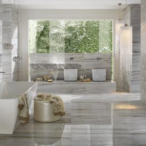 Сив и бял мрамор за спираща дъха баня