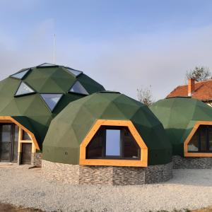 Геодезични куполи