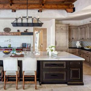 Кухня в средиземноморски стил: елегантна небрежност и аромат на море