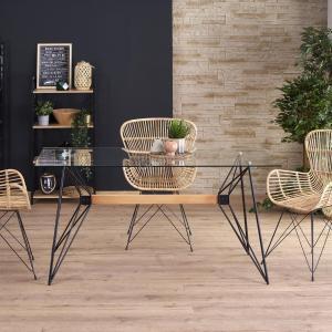 Мебели от метал – специфични и неповторими