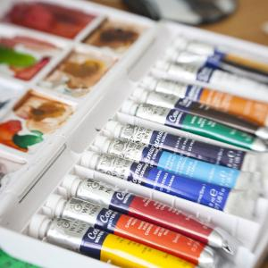 Инструкции: съберете консумативи и изберете чист абажур за боядисване