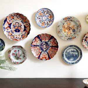 Порцеланови чинии за свежа стенна декорация
