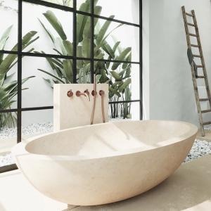 4 бани за ценители, вдъхновени от природни мотиви